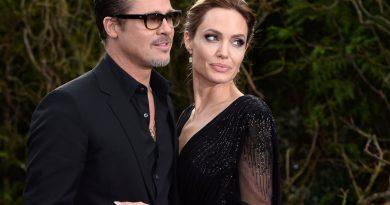 Анджелина Джоли не может простить бывшего мужа за испорченную жизнь
